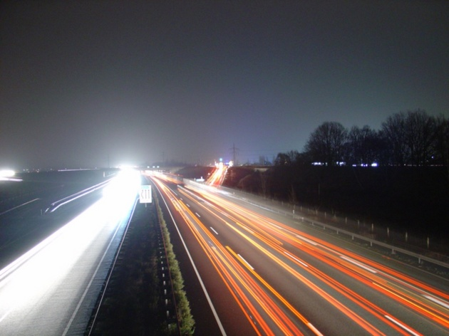 Autobahn_Nacht.jpg